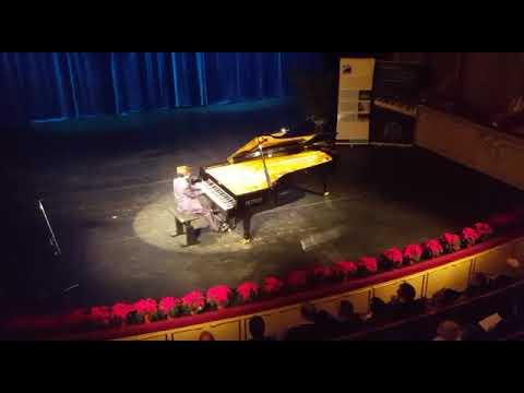 Alessandro dipaola esegue Beethoven sonata opera 14 n 1 primo movimento allegro