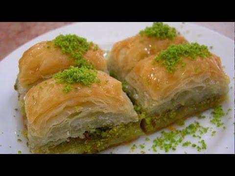 Один день из жизни в Турции: учимся готовить пахлаву - Cмотреть видео онлайн с youtube, скачать бесплатно с ютуба