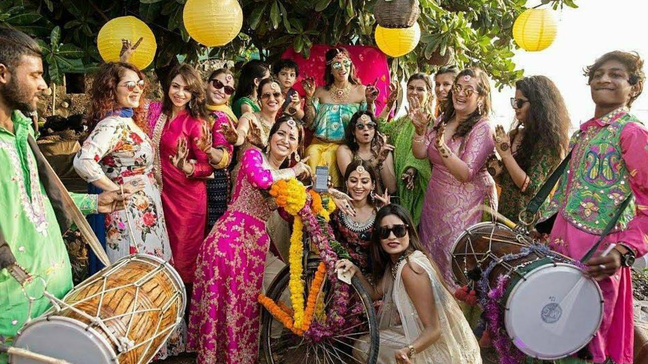 Aishwarya Rai And Abhishek Bachchan Wedding Pictures 12