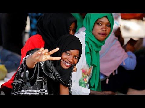 الشارع السوداني: لا نريد المفاوضات مع العسكر  - نشر قبل 2 ساعة