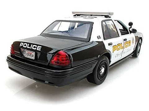 voiture de police jouet ford crown victoria san gabriel 1 18 youtube. Black Bedroom Furniture Sets. Home Design Ideas