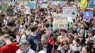 Tausende Schüler streiken vor EU-Wahl fürs Klima