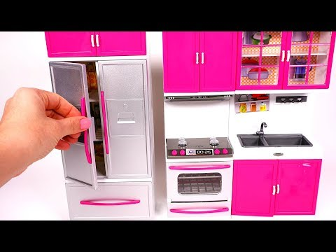 Cooking Breakfast With Mini Kitchen Playset For Kids Yippee Toys Youtube