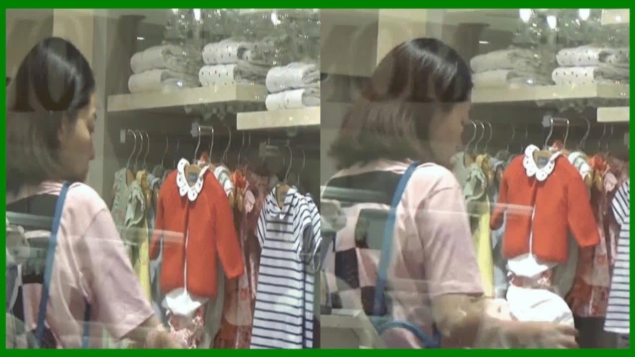 熊黛林逛街不看名牌手袋 專心為雙胞胎女兒選購嬰兒衫 - YouTube