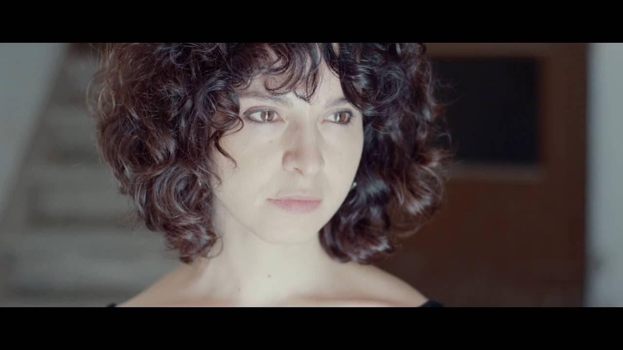 Quique González & Los Detectives - Charo (Vídeo Oficial)