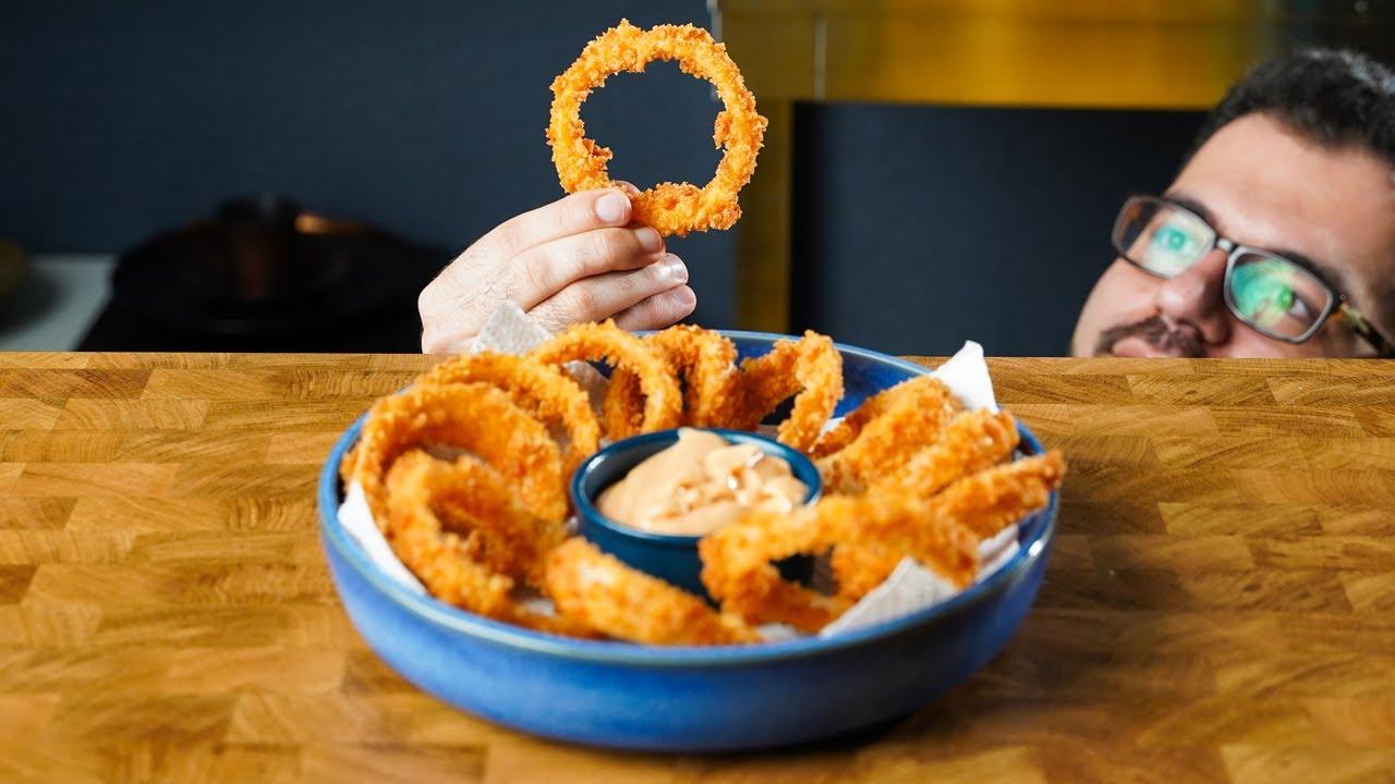 طريقة عمل حلقات البصل اكسترا مقرمشة | Extra Crispy Onion Rings!