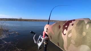 Береговая рыбалка на реке СУДАК ЩУКА ОКУНЬ после схода льда Спиннинг 2021
