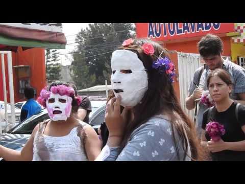 Rostros Desdibujados Sobre Aires De Esperanza, performance político