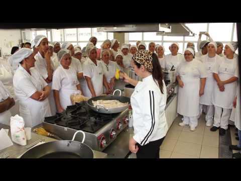 Janaina Rueda - Merenda escolar da Dona Onça