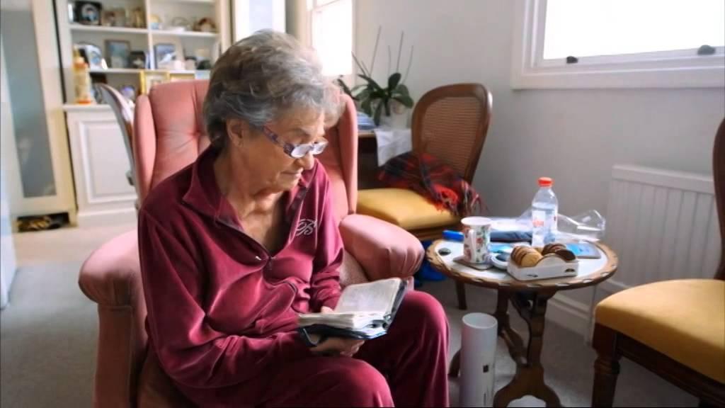 Le meilleur: my granny the escort