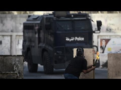 Photos of the Day - Protests Continue in Bahrain