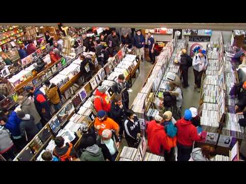 Record Store Day Morning 2015 at Twist & Shout