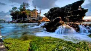 Kadavul Tantha Alagiya Valvu - Nature song