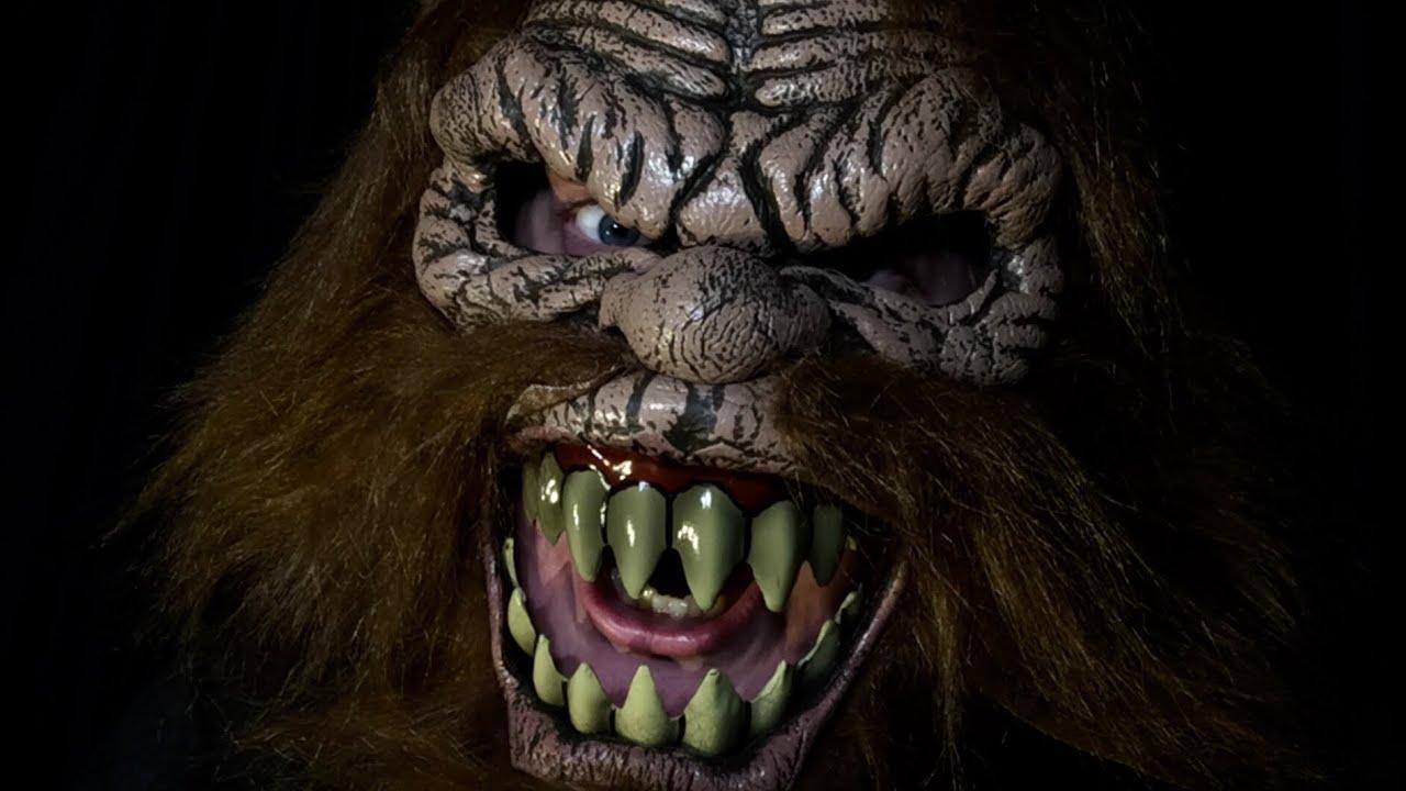 Brand New Bigfoot Squatchin/' Ani-Motion Adult Mask