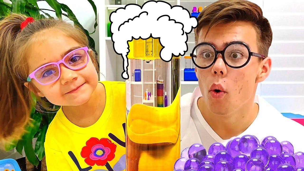 Артем учит Мию Легким экспериментам для детей | Мия Настя и Артем