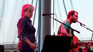 "Amos Lee with Lucinda Williams ""Clear Blue Eyes"" Cleveland, OH"