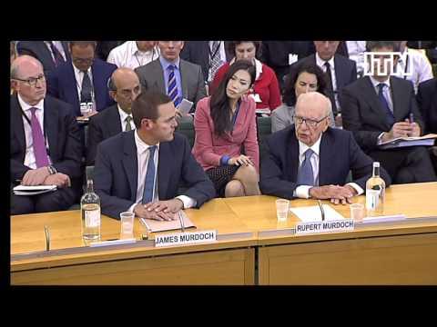 Rupert Murdoch struggles under intense questioning
