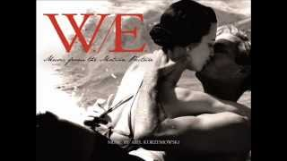 W.E. [Music from the Motion Picture] - 05 Abdication Resimi