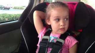 A pedido de ustedes - Eva de 4 años hablando en ruso y español (russian & peruvian family)