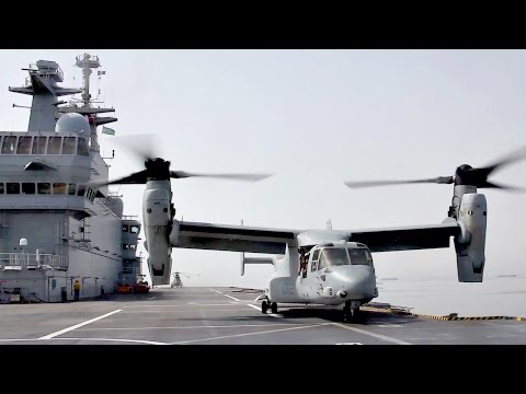 US MV-22 Landing On French Naval Ship BPC Dixmude