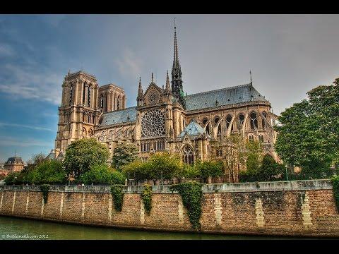 PARIS: TOUR THE WONDERFUL NOTRE DAME