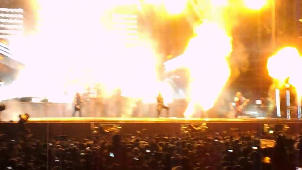 Download Rammstein - Du hast (with fire show), live @ Pinkpop 2016 06 11