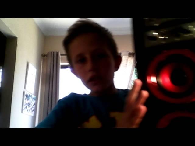 Comb boy#2 polaroid speaker!