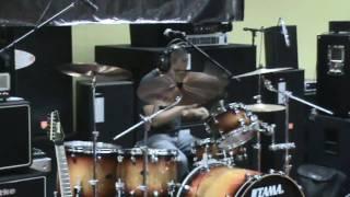[11-21-2009] Loubert Vidal - Demo