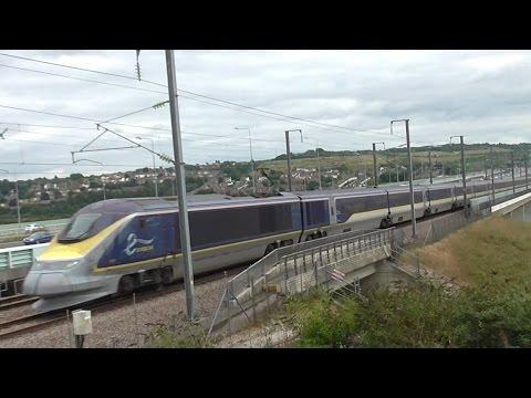 Trains at Medway Bridge, HS1 - 04/09/16