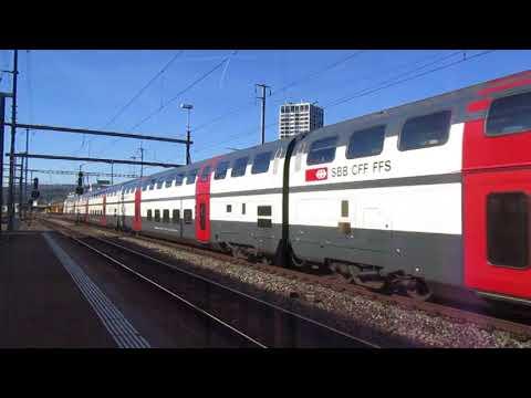 IR svizzero con carrozze a 2 piani.