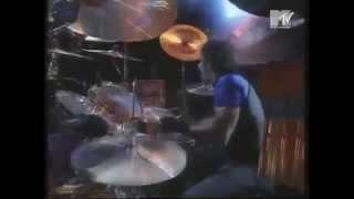 BON JOVI - Lay your hands on me (lyrics - letra / subtitulado)