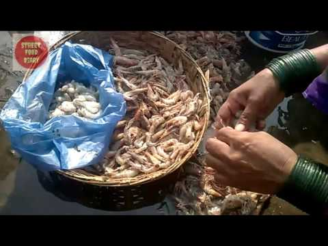 Easiest method to clean Prawns | Fish market in South India | Street Food Diary