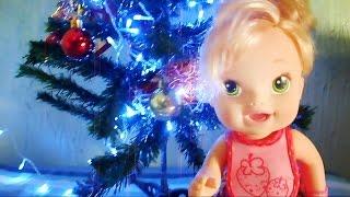 Baby Alive - ajeitando a árvore de Natal - Boneca Abrindo Presentes - Novelinha em Português