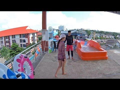 Scary Boomerang Water Slide at Usotel Waterland