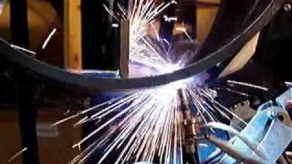 Сварка корневого шва УАСТ-1(УАСТ-1 - установка для автоматической сварки неповоротных стыков трубопроводов диамет-ром минимальный..., 2010-07-26T06:10:43.000Z)