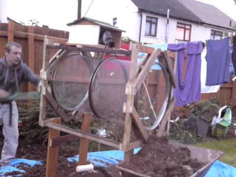Homemade Rotary Soil Sieve Trommel