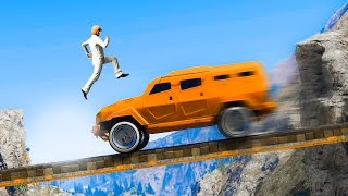 IMPOSSIBLE RUNNERS VS CARS! (GTA 5 Funny Moments)