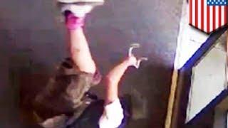 20-летний умник пытается вызволить скейтборд из полицейского участка