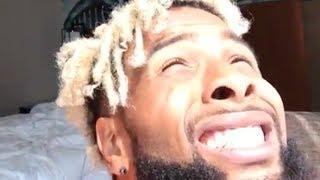 Odell Beckham Jr Stares at the Solar Eclipse without Special Glasses
