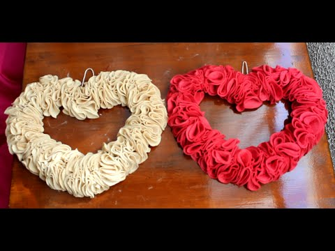 How To make VALENTINES GIFT IDEA AND DECOR!HEART WREATH