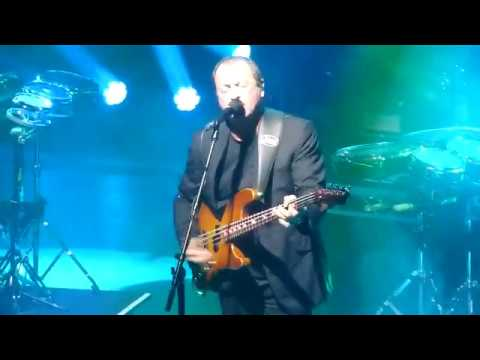 Level 42 - Heaven In My Hands (live) - Manchester Opera House 3 October 2018