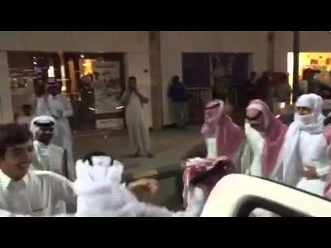 2e97e91ad1081 لعب شباب على شيله ايه حنا الدواسر