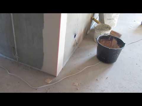 Установка внешних углов на стену