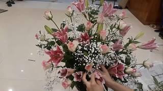huong dan cam hoa/cach cam hoa ly ket hop voi hoa hong va baby trang/flower arrangement