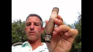 United Cigar Maduro Robusto