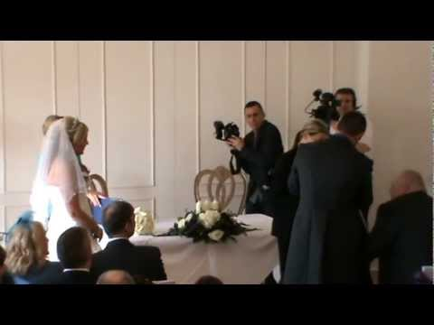 Owl delivering Wedding rings www.hawksrus.com  www.theowlringbearer.co.uk