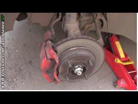 Ремонт Авто / Как заменить тормозные колодки / Замена  передних тормозных колодок