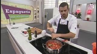 Cómo reducir la acidez de la salsa de tomate sin azúcar