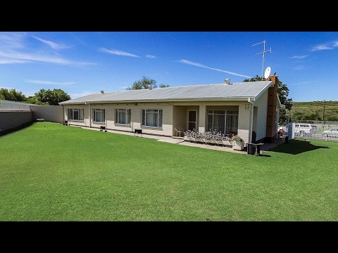 5 Bedroom House for sale in Northern Cape | Kimberley And Diamond Fields | Barkly West  |