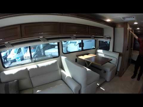 How to Operate Jacks and Slides on a Class A Diesel Pusher 2016 Itasca Solei 36G